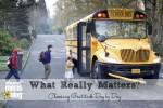 school-bus-1525654-1598x1055