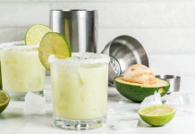 Simple and Delicious Margarita Recipes featured