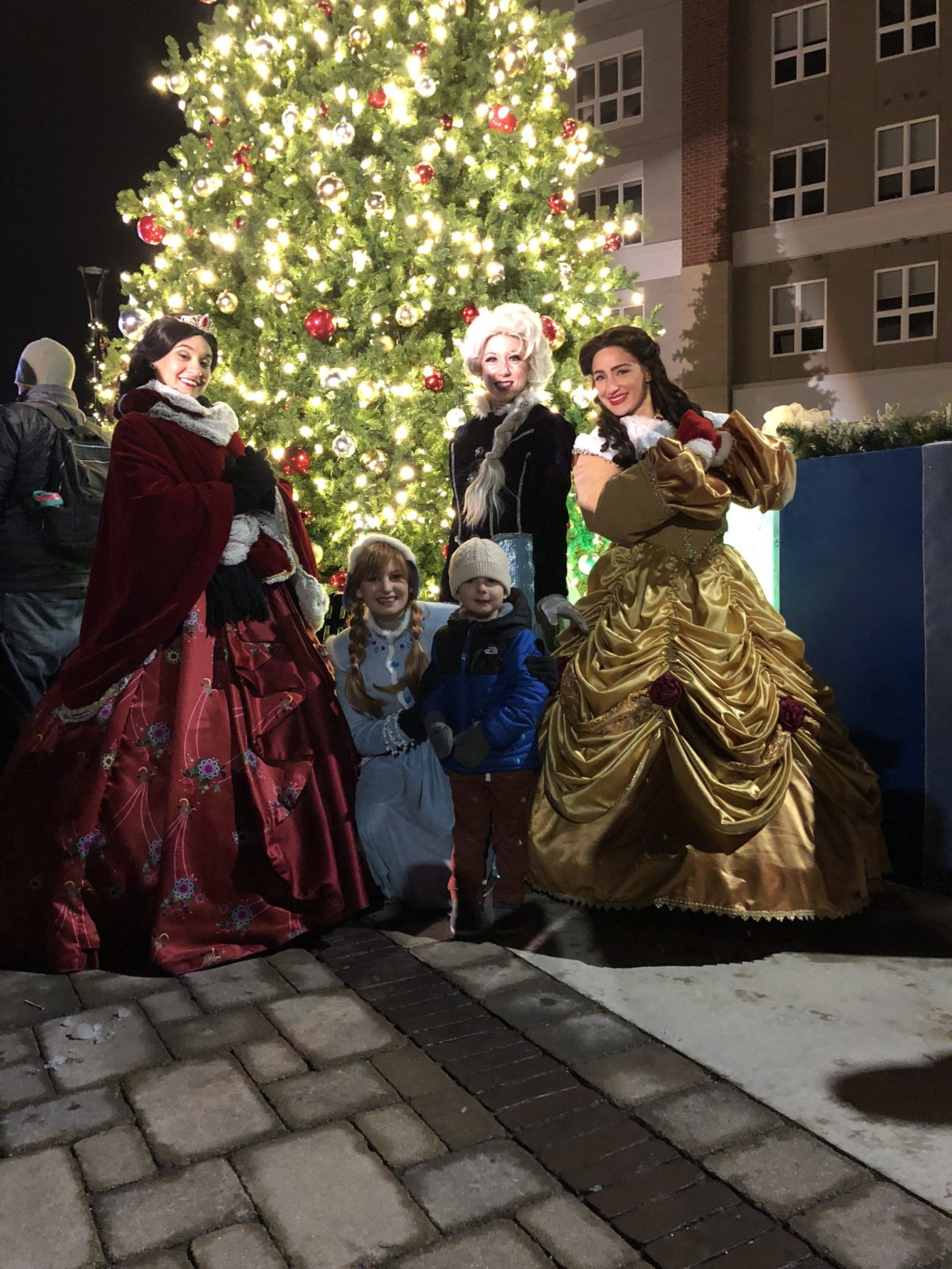 Tree Lighting - Corners of Brookfield